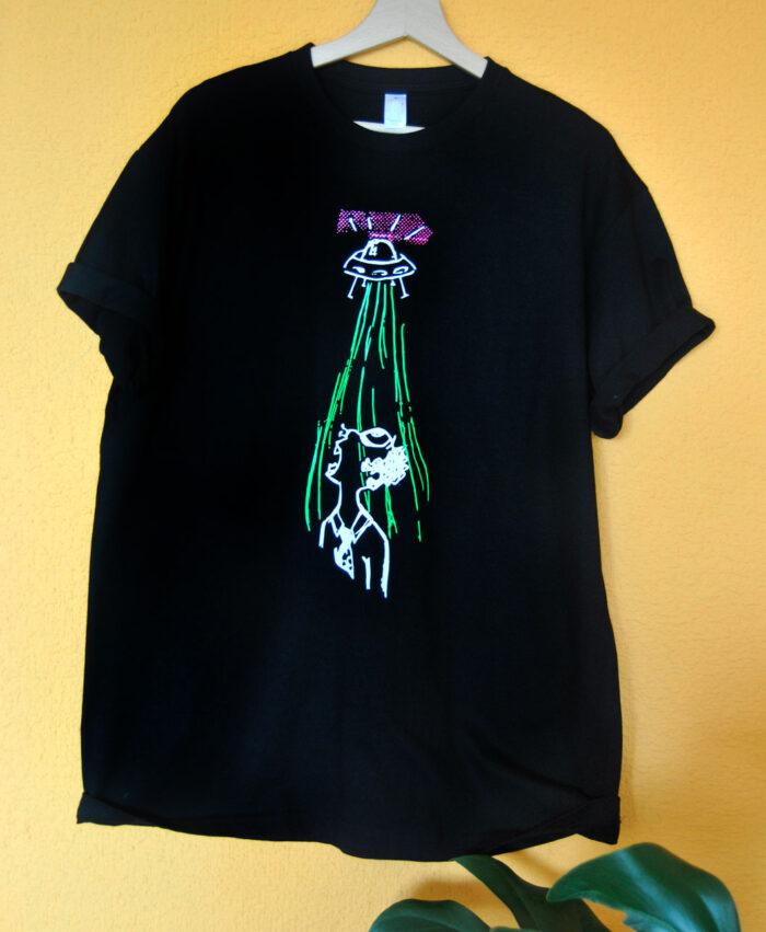 camiseta basica unisex manga corta con ilustraciones originales diferentes estilo alternativo ovni
