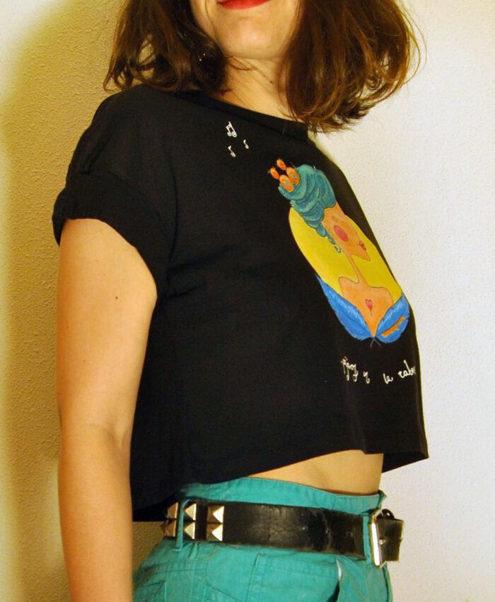 camiseta crop algodon organico original diferente estilo alternativo pajaros en la cabeza