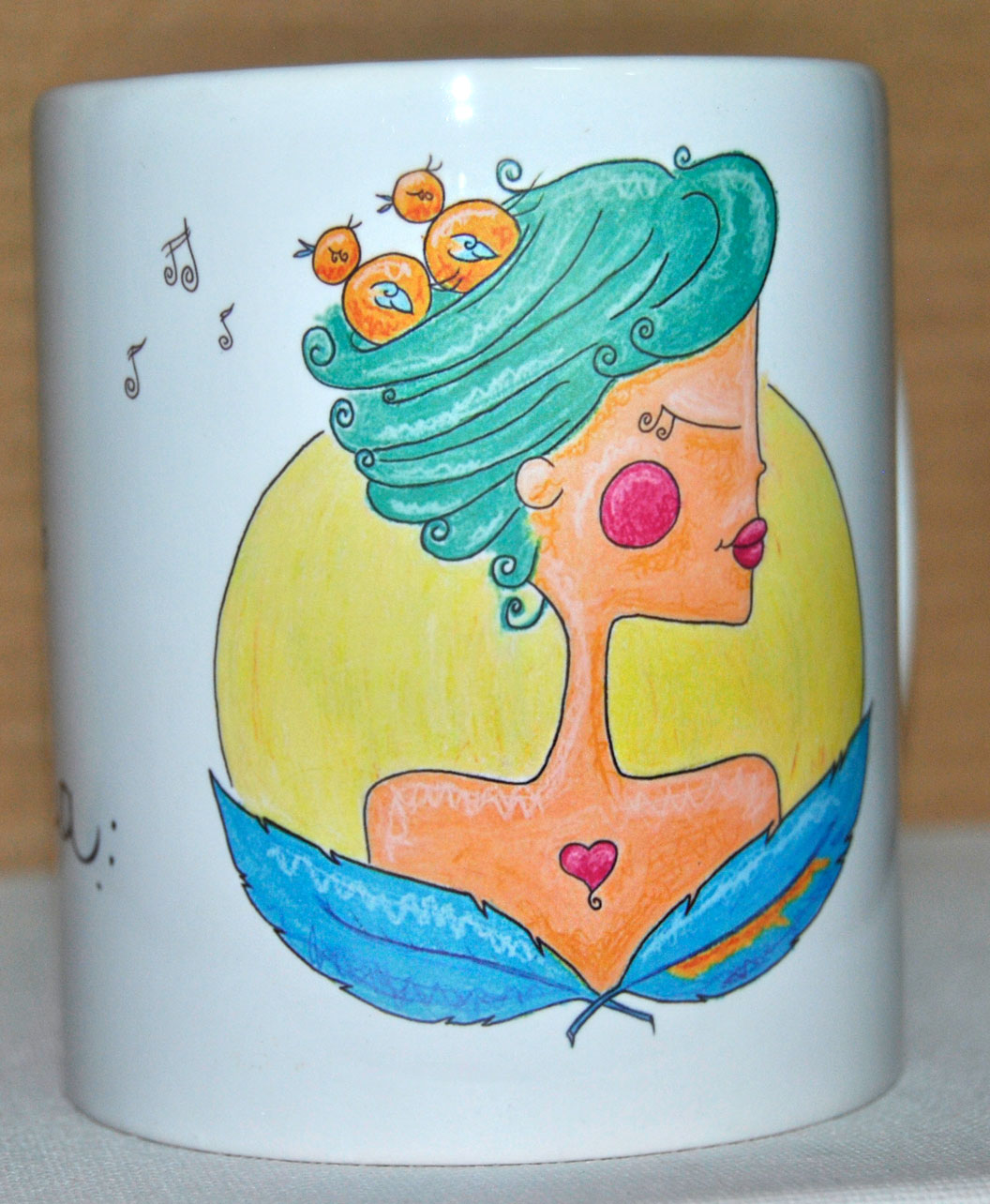 taza original diferente bonita ilustracion chica pajaros en la cabeza