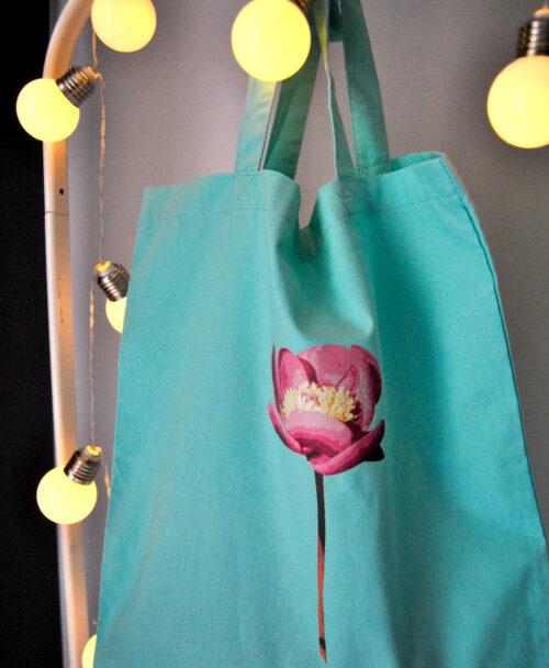 bolsa de tela verde menta con rosa