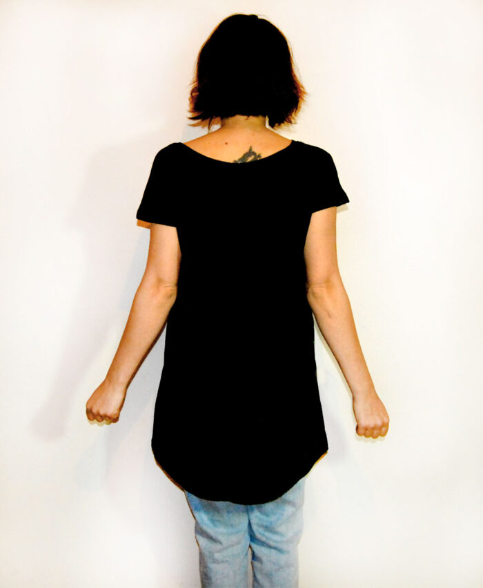 tunica vestido algodon organico mujer negro ilustracion dorada ojo corazon