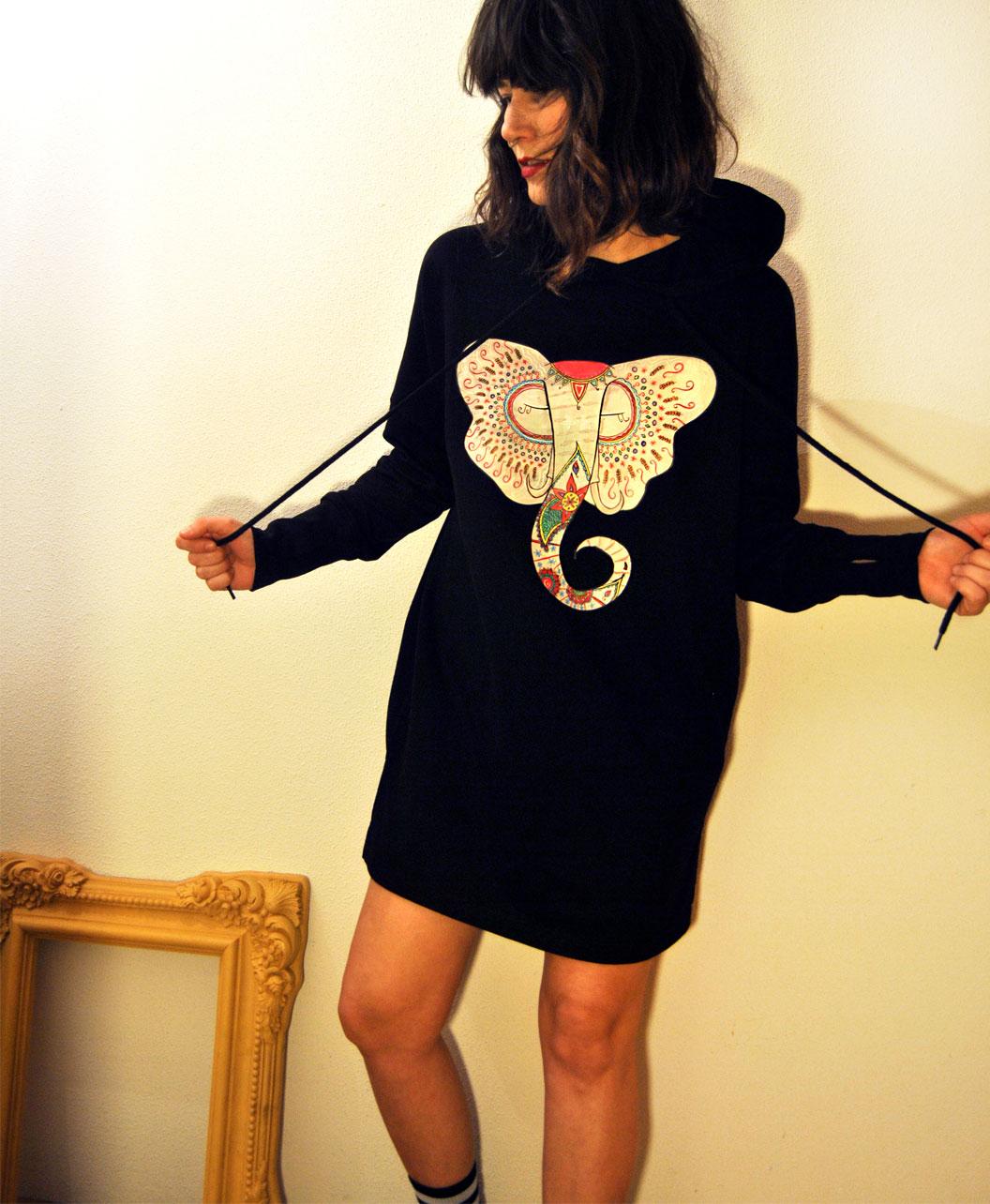 vestido tela sudadera algodon organico mujer con capucha ilustracion elefante indio