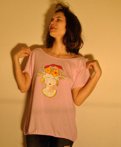 camiseta mujer rosita amplia rebajas ilustracion frida tropical lady