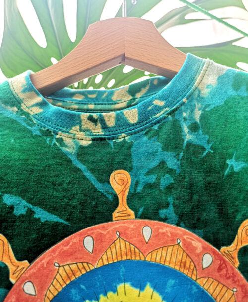 camiseta manga corta kids tie dye verde ilustracion timon barquito papel