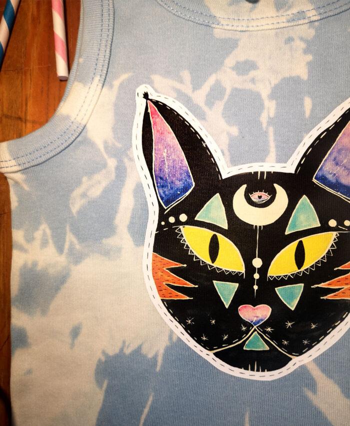 camiseta tirantes ninios tiedye azul destenida gato negro cosmico
