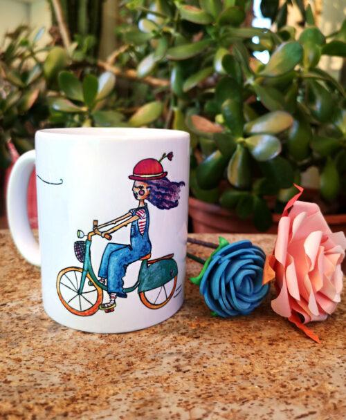 taza original dibujo bonito y colorido chica en bici sombrero