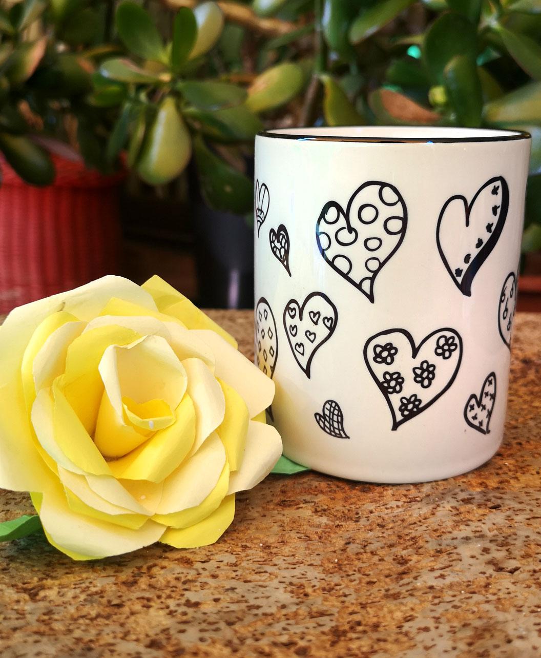 taza original diseno bonito de corazones