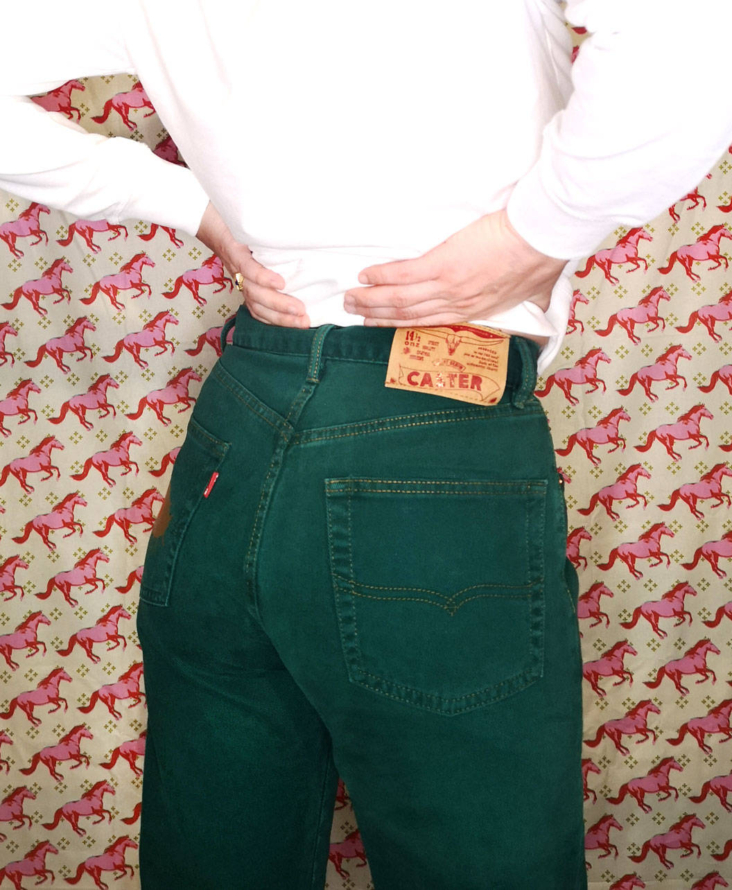 pantalones largos vintage originales caster verdes intervenidos arte ojo dorado corazon rojo ver con el corazon