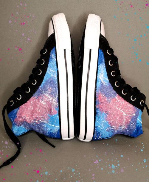 zapatillas tipo converse negras pintadas a mano para ninios kids galaxias estrellas cosmos