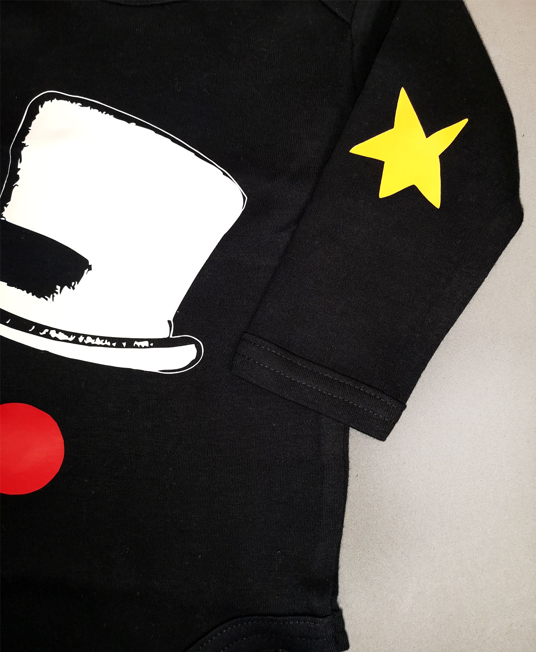 body bebe manga larga color negro algodon organico original diferente coderas circo sombrero nariz payaso