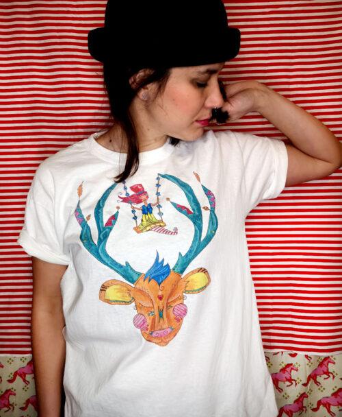 camiseta basica unisex manga corta blanca disenos originales divertidos diferentes dibujo ciervo duende columpio