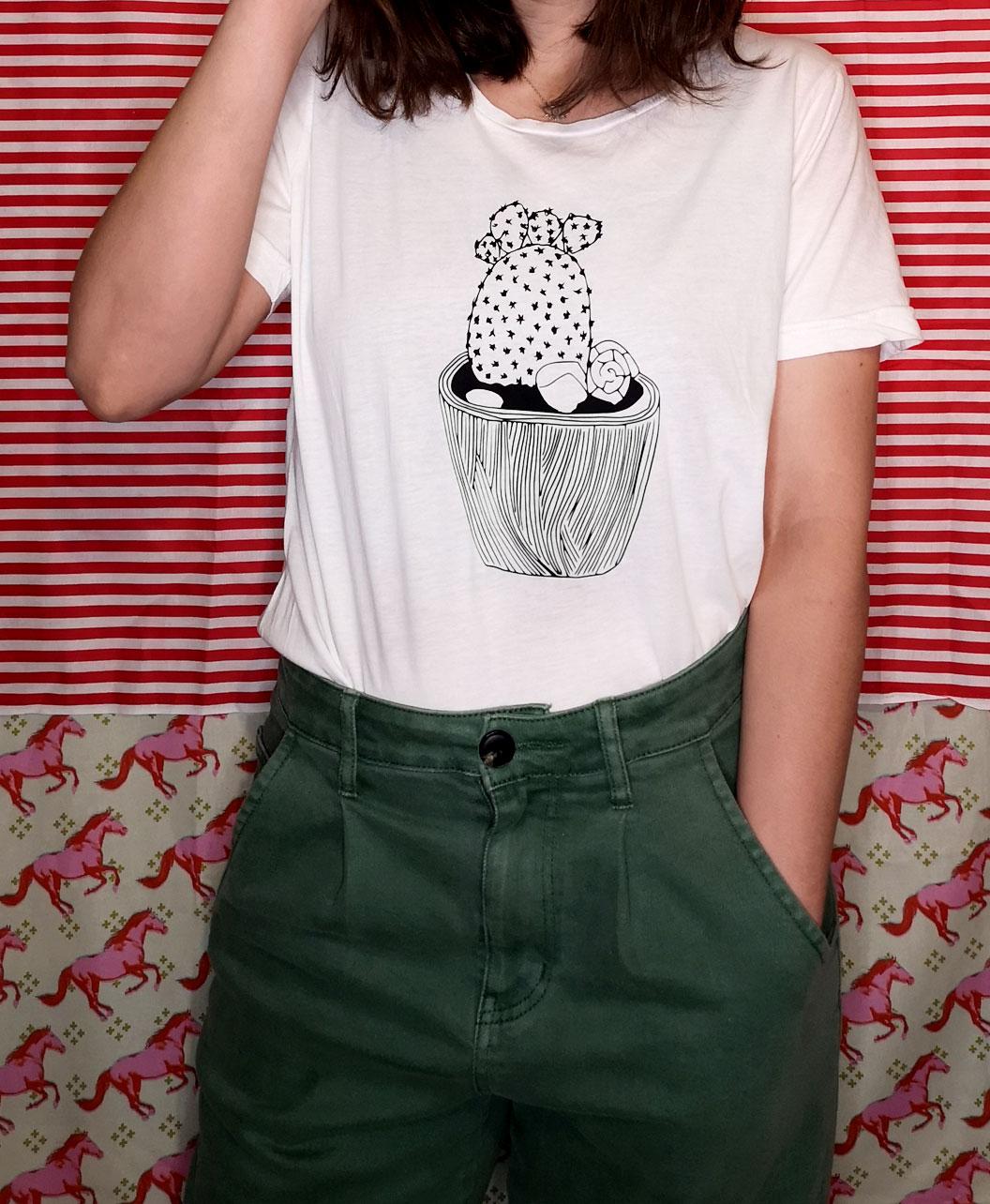 camiseta unisex adulto manga corta blanca muy rebajada ultima unidad original divertida ilustracion cactus sencilla