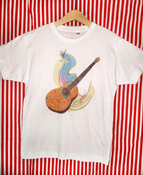 camiseta manga corta blanca unisex infantil ilustraciones diferentes dibujo guitarra alegre colorido musica